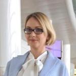 Лена Олейник