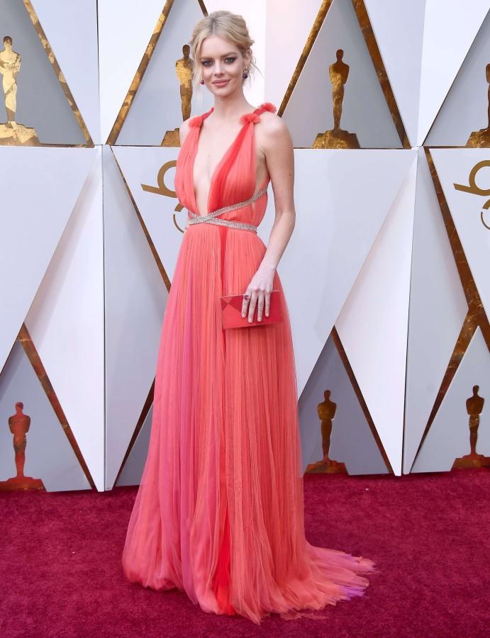 6. Самара Уивинг в платье Schiaparelli Couture