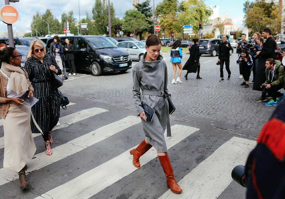 22-paris-street-style-spring-2017-phil-oh-day-5