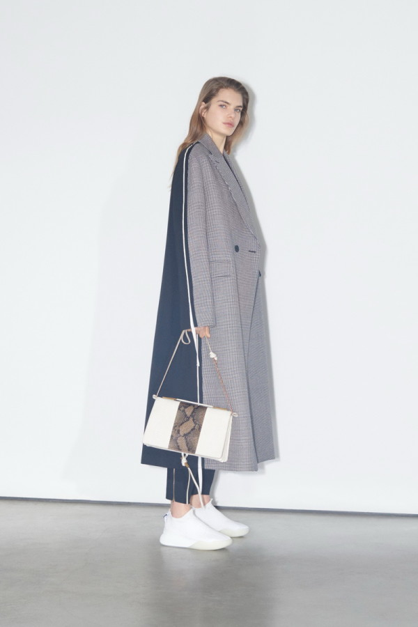Stella-McCartney-Pre-Fall-18