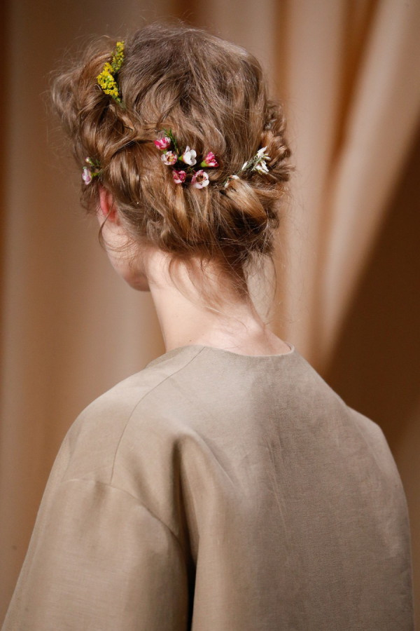 valentino-headpieces-spring-2015-couture-1
